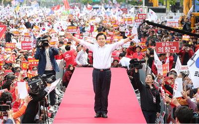 [금요집담회]①자유한국당: '10% 태극기' 얻은 황교안, 앞날은?